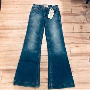 NWT American Rag Super Flared Jeans